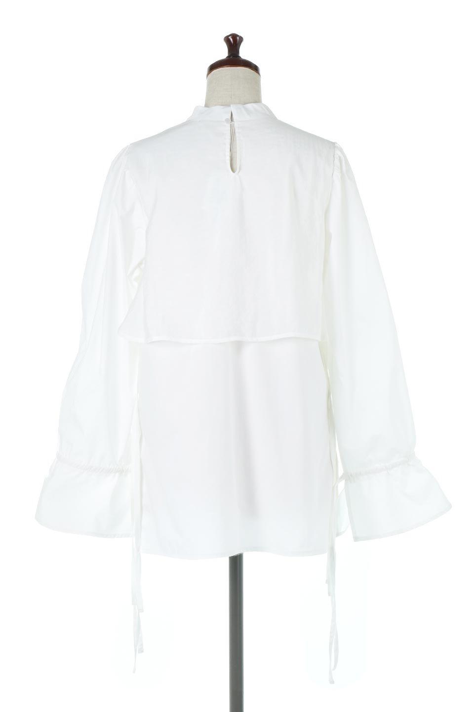 FauxLayeredCandySleeveBlouseシアーサテン・ドッキングブラウス大人カジュアルに最適な海外ファッションのothers(その他インポートアイテム)のトップスやシャツ・ブラウス。春らしい軽やかなシアー感のあるサテンをドッキングさせた長袖ブラウス。ニットベストとのドッキングブラウスよりも春夏向けのアイテム。/main-4