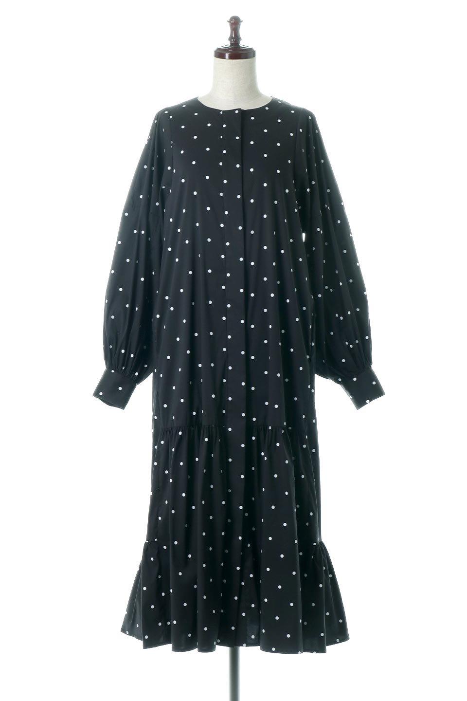 VolumeSleeveDottedLongDressボリュームスリーブ・ドットワンピース大人カジュアルに最適な海外ファッションのothers(その他インポートアイテム)のワンピースやマキシワンピース。定番人気のドット柄「大人フェミニン」な主役ワンピース。コーデをグっと女っぽく仕上げてくれるドット柄にたっぷりのボリューム袖が素敵なワンピースです。
