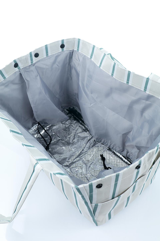 FoldingShoppingCoolerBasket(Stripe)保冷保温・折りたたみレジカゴエコバッグ(ストライプ・グレー)大人カジュアルに最適な海外ファッションのothers(その他インポートアイテム)のバッグやその他。レジカゴにジャストフィットの折りたたみエコバッグ。保温、保冷効果を高めるアルミ加工で、両サイドのポケットは保冷剤を入れて更に保冷効果を高めることができます。/main-13