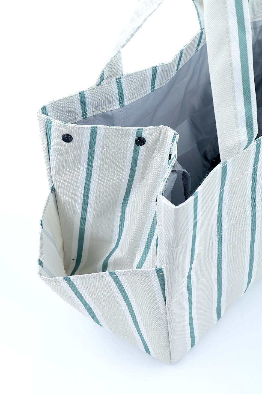 FoldingShoppingCoolerBasket(Stripe)保冷保温・折りたたみレジカゴエコバッグ(ストライプ・グレー)大人カジュアルに最適な海外ファッションのothers(その他インポートアイテム)のバッグやその他。レジカゴにジャストフィットの折りたたみエコバッグ。保温、保冷効果を高めるアルミ加工で、両サイドのポケットは保冷剤を入れて更に保冷効果を高めることができます。/main-16