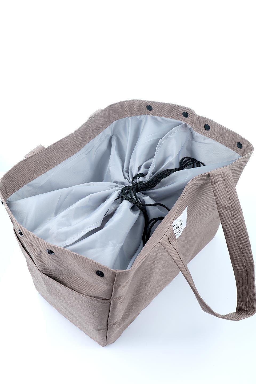 FoldingShoppingCoolerBasket(Mocha)保冷保温・折りたたみレジカゴエコバッグ(モカ)大人カジュアルに最適な海外ファッションのothers(その他インポートアイテム)のバッグやその他。レジカゴにジャストフィットの折りたたみエコバッグ。保温、保冷効果を高めるアルミ加工で、両サイドのポケットは保冷剤を入れて更に保冷効果を高めることができます。/main-12