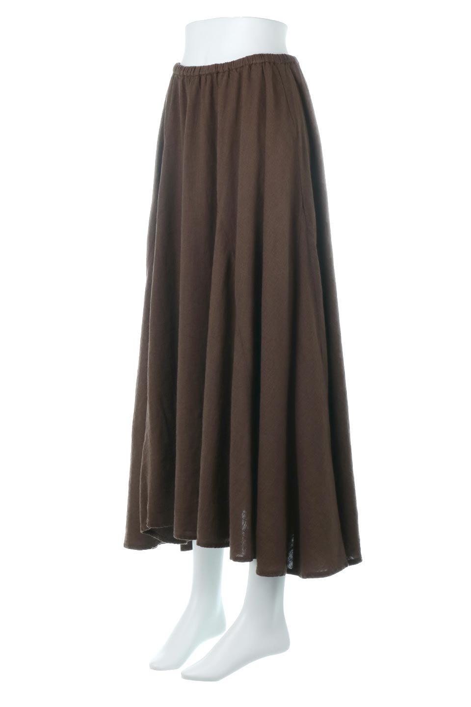 LinenMixLongSummerSkirt麻混・フレアロングスカート大人カジュアルに最適な海外ファッションのothers(その他インポートアイテム)のボトムやスカート。リネンのさらっとした風合いとレーヨンのしなやかさを兼ね備えたロング丈のフレアスカート。リネンとレーヨンをほぼ半々に混ぜ込んだ生地は、程よいハリがありながらもしなやかに落ちて綺麗なシルエットを作ってくれます。/main-11