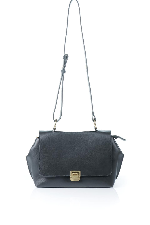meliebiancoのErica(Black)2ウェイストラップ・ヘキサショルダーバッグ/海外ファッション好きにオススメのインポートバッグとかばん、MelieBianco(メリービアンコ)のバッグやショルダーバッグ。六角形のシルエットが可愛い程よいサイズ感のショルダーバッグ。ストラップはロングとショートの2パターンで楽しめます。