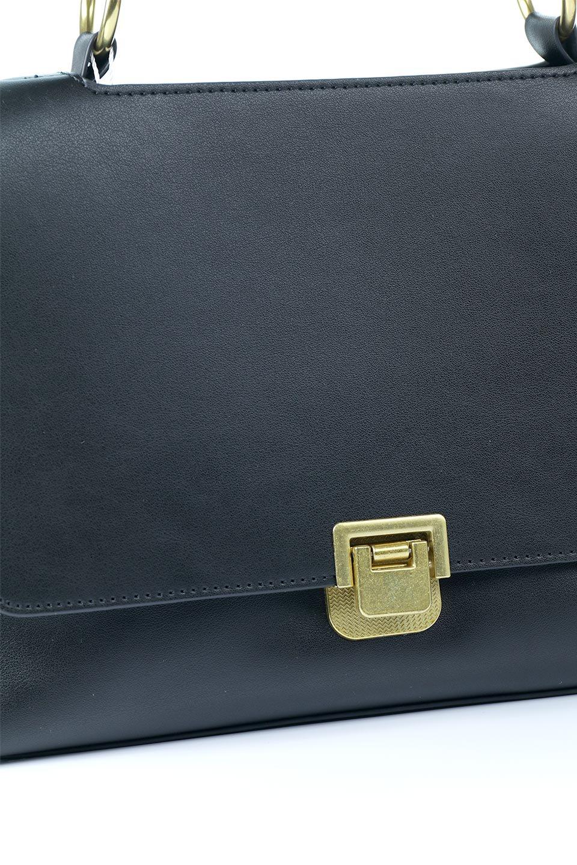 meliebiancoのErica(Black)2ウェイストラップ・ヘキサショルダーバッグ/海外ファッション好きにオススメのインポートバッグとかばん、MelieBianco(メリービアンコ)のバッグやショルダーバッグ。六角形のシルエットが可愛い程よいサイズ感のショルダーバッグ。ストラップはロングとショートの2パターンで楽しめます。/main-10