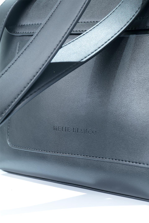 meliebiancoのErica(Black)2ウェイストラップ・ヘキサショルダーバッグ/海外ファッション好きにオススメのインポートバッグとかばん、MelieBianco(メリービアンコ)のバッグやショルダーバッグ。六角形のシルエットが可愛い程よいサイズ感のショルダーバッグ。ストラップはロングとショートの2パターンで楽しめます。/main-11