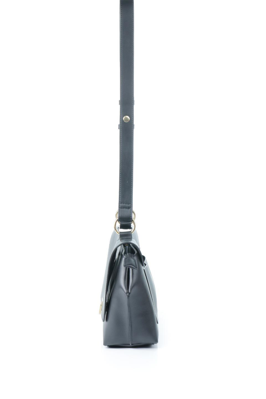 meliebiancoのErica(Black)2ウェイストラップ・ヘキサショルダーバッグ/海外ファッション好きにオススメのインポートバッグとかばん、MelieBianco(メリービアンコ)のバッグやショルダーバッグ。六角形のシルエットが可愛い程よいサイズ感のショルダーバッグ。ストラップはロングとショートの2パターンで楽しめます。/main-2