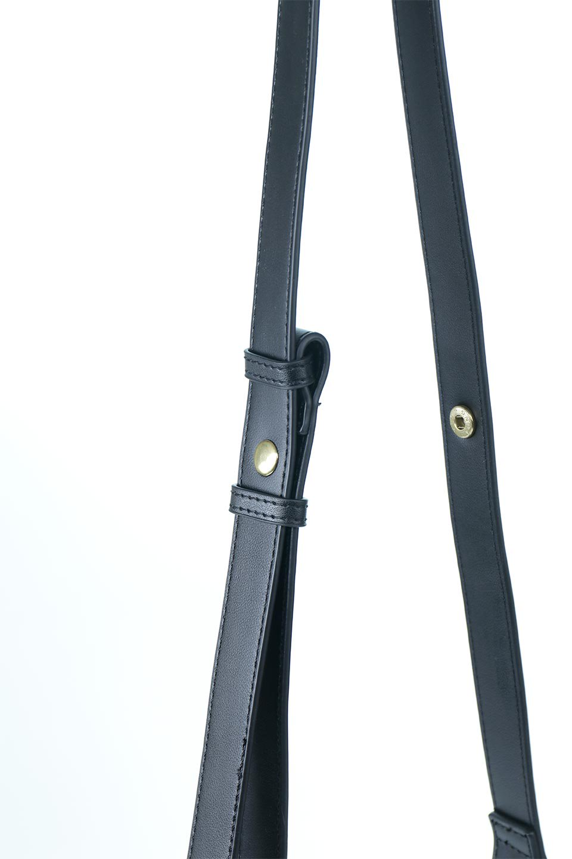 meliebiancoのErica(Black)2ウェイストラップ・ヘキサショルダーバッグ/海外ファッション好きにオススメのインポートバッグとかばん、MelieBianco(メリービアンコ)のバッグやショルダーバッグ。六角形のシルエットが可愛い程よいサイズ感のショルダーバッグ。ストラップはロングとショートの2パターンで楽しめます。/main-6