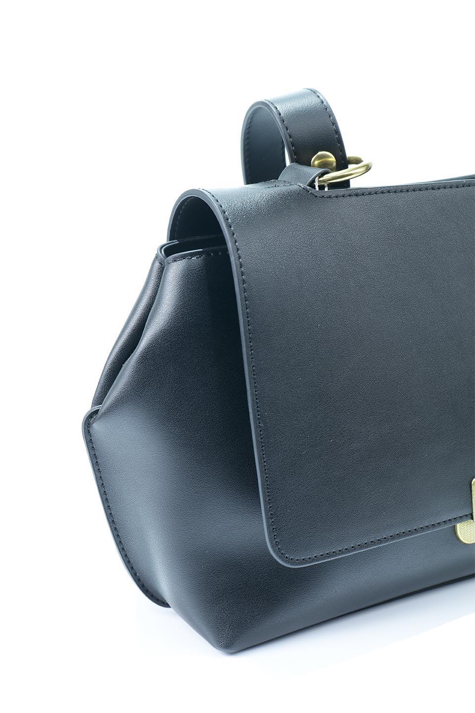 meliebiancoのErica(Black)2ウェイストラップ・ヘキサショルダーバッグ/海外ファッション好きにオススメのインポートバッグとかばん、MelieBianco(メリービアンコ)のバッグやショルダーバッグ。六角形のシルエットが可愛い程よいサイズ感のショルダーバッグ。ストラップはロングとショートの2パターンで楽しめます。/main-9