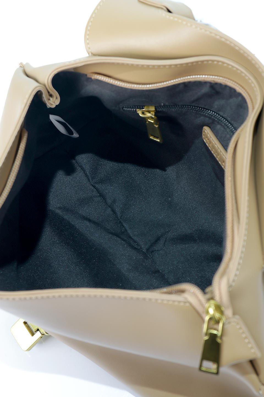 meliebiancoのErica(Tan)2ウェイストラップ・ヘキサショルダーバッグ/海外ファッション好きにオススメのインポートバッグとかばん、MelieBianco(メリービアンコ)のバッグやショルダーバッグ。六角形のシルエットが可愛い程よいサイズ感のショルダーバッグ。ストラップはロングとショートの2パターンで楽しめます。/main-10