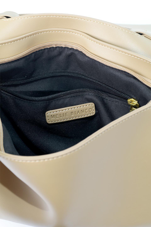 meliebiancoのErica(Tan)2ウェイストラップ・ヘキサショルダーバッグ/海外ファッション好きにオススメのインポートバッグとかばん、MelieBianco(メリービアンコ)のバッグやショルダーバッグ。六角形のシルエットが可愛い程よいサイズ感のショルダーバッグ。ストラップはロングとショートの2パターンで楽しめます。/main-12