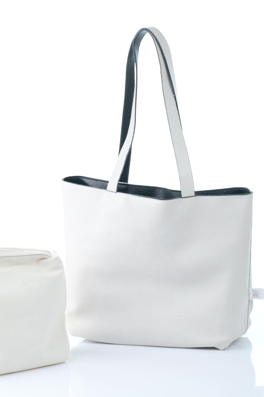 meliebiancoのDenise(Black)ポーチ付き・リバーシブルトートバッグ/海外ファッション好きにオススメのインポートバッグとかばん、MelieBianco(メリービアンコ)のバッグやトートバッグ。シンプルなキャンバスポーチが付いたシンプルなトートバッグ。ソフトでなめらかなメリービアンコ独自のプレミアムビーガンレザーを使用。/main-14