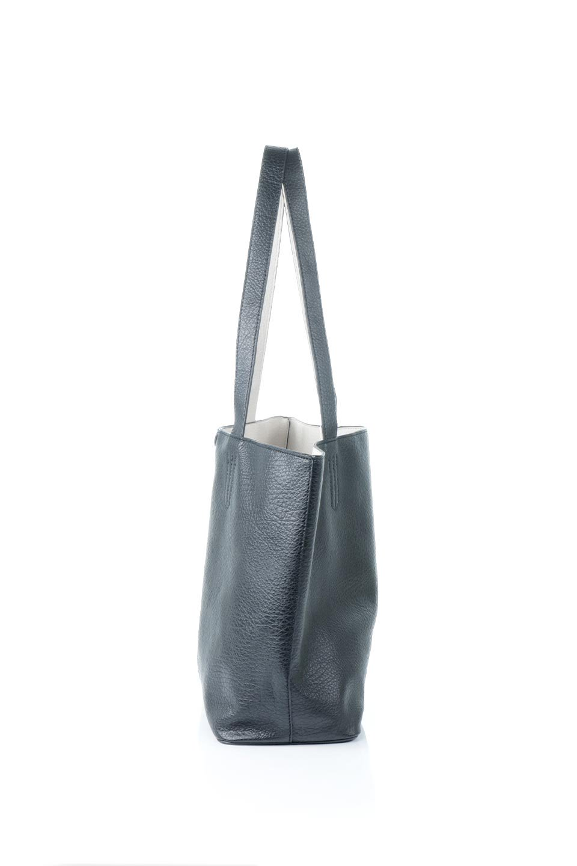 meliebiancoのDenise(Black)ポーチ付き・リバーシブルトートバッグ/海外ファッション好きにオススメのインポートバッグとかばん、MelieBianco(メリービアンコ)のバッグやトートバッグ。シンプルなキャンバスポーチが付いたシンプルなトートバッグ。ソフトでなめらかなメリービアンコ独自のプレミアムビーガンレザーを使用。/main-2