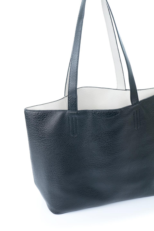meliebiancoのDenise(Black)ポーチ付き・リバーシブルトートバッグ/海外ファッション好きにオススメのインポートバッグとかばん、MelieBianco(メリービアンコ)のバッグやトートバッグ。シンプルなキャンバスポーチが付いたシンプルなトートバッグ。ソフトでなめらかなメリービアンコ独自のプレミアムビーガンレザーを使用。/main-8