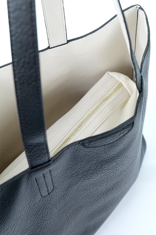 meliebiancoのDenise(Black)ポーチ付き・リバーシブルトートバッグ/海外ファッション好きにオススメのインポートバッグとかばん、MelieBianco(メリービアンコ)のバッグやトートバッグ。シンプルなキャンバスポーチが付いたシンプルなトートバッグ。ソフトでなめらかなメリービアンコ独自のプレミアムビーガンレザーを使用。/main-9