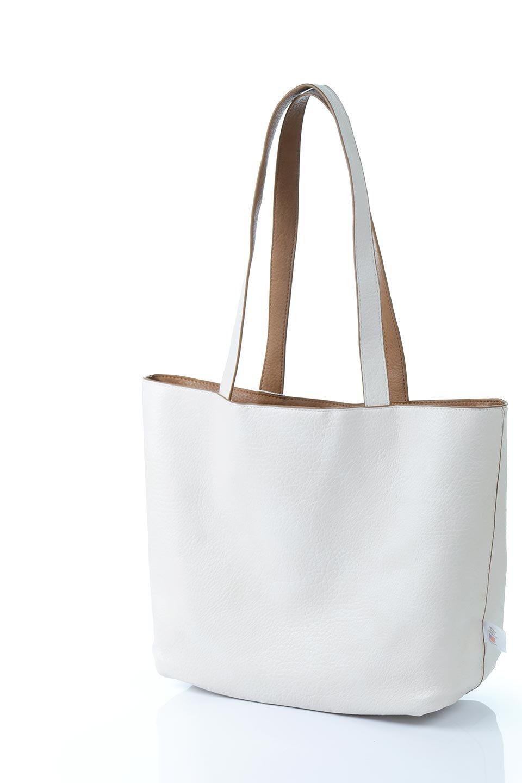 meliebiancoのDenise(Tan)ポーチ付き・リバーシブルトートバッグ/海外ファッション好きにオススメのインポートバッグとかばん、MelieBianco(メリービアンコ)のバッグやトートバッグ。シンプルなキャンバスポーチが付いたシンプルなトートバッグ。ソフトでなめらかなメリービアンコ独自のプレミアムビーガンレザーを使用。/main-11