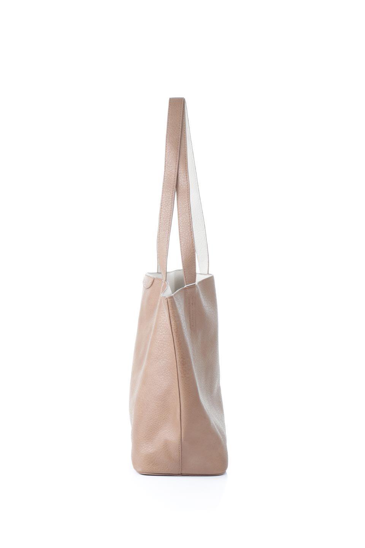 meliebiancoのDenise(Tan)ポーチ付き・リバーシブルトートバッグ/海外ファッション好きにオススメのインポートバッグとかばん、MelieBianco(メリービアンコ)のバッグやトートバッグ。シンプルなキャンバスポーチが付いたシンプルなトートバッグ。ソフトでなめらかなメリービアンコ独自のプレミアムビーガンレザーを使用。/main-2