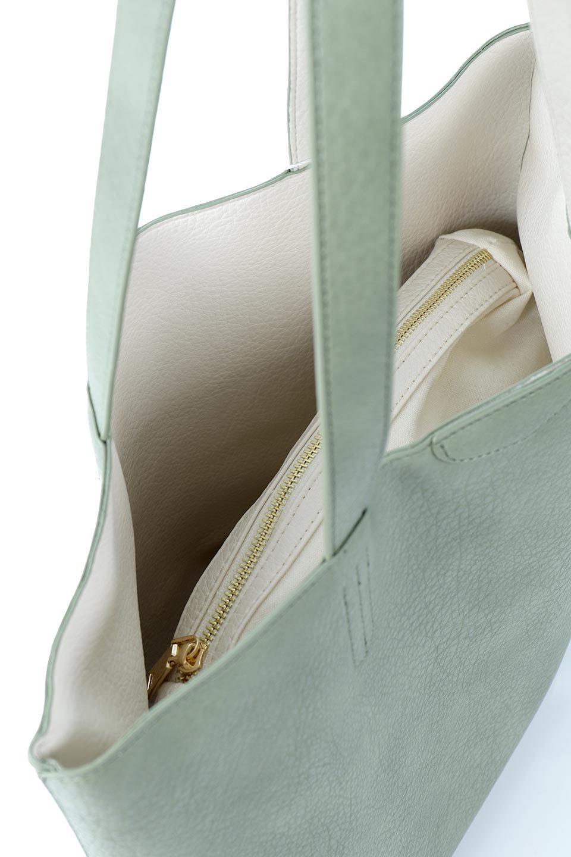 meliebiancoのDenise(Mint)ポーチ付き・リバーシブルトートバッグ/海外ファッション好きにオススメのインポートバッグとかばん、MelieBianco(メリービアンコ)のバッグやトートバッグ。シンプルなキャンバスポーチが付いたシンプルなトートバッグ。ソフトでなめらかなメリービアンコ独自のプレミアムビーガンレザーを使用。/main-10