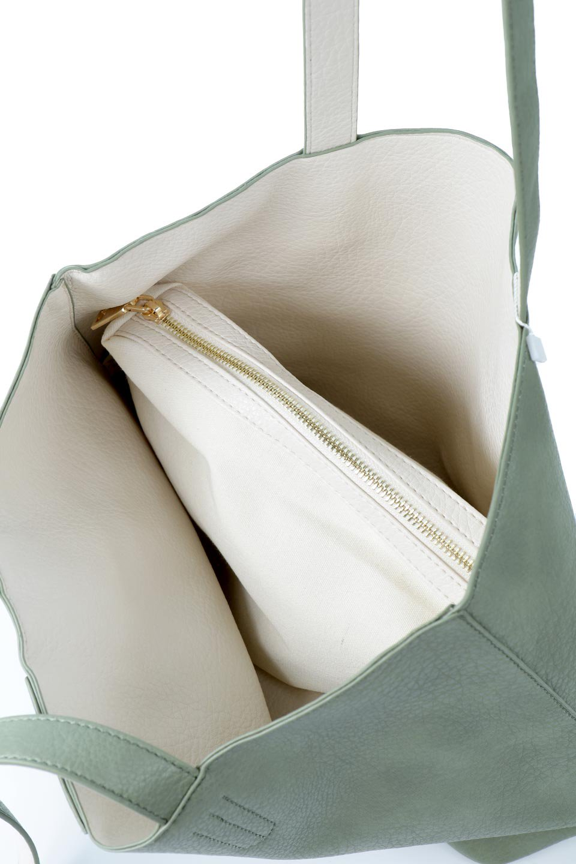 meliebiancoのDenise(Mint)ポーチ付き・リバーシブルトートバッグ/海外ファッション好きにオススメのインポートバッグとかばん、MelieBianco(メリービアンコ)のバッグやトートバッグ。シンプルなキャンバスポーチが付いたシンプルなトートバッグ。ソフトでなめらかなメリービアンコ独自のプレミアムビーガンレザーを使用。/main-11