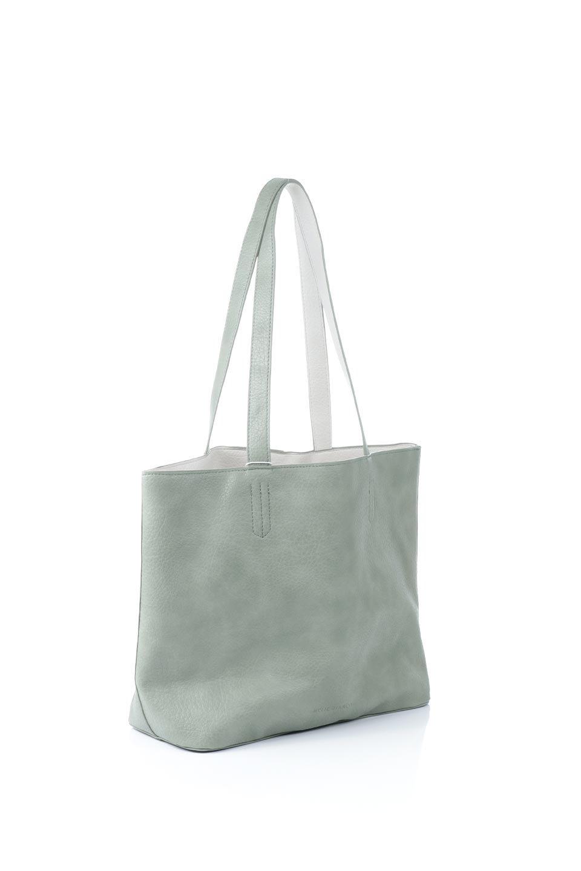 meliebiancoのDenise(Mint)ポーチ付き・リバーシブルトートバッグ/海外ファッション好きにオススメのインポートバッグとかばん、MelieBianco(メリービアンコ)のバッグやトートバッグ。シンプルなキャンバスポーチが付いたシンプルなトートバッグ。ソフトでなめらかなメリービアンコ独自のプレミアムビーガンレザーを使用。/main-3