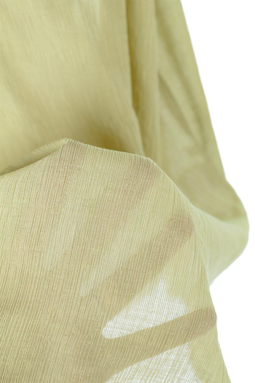 BandCollarChiffonBlouseバンドカラー・シフォンロングブラウス大人カジュアルに最適な海外ファッションのothers(その他インポートアイテム)のトップスやシャツ・ブラウス。春夏に最適なソフォン生地を使用したブラウス。首元をスッキリ見せてくれる細めのバンドカラーと縦に並んだボタンが特徴的なアイテム。/main-28