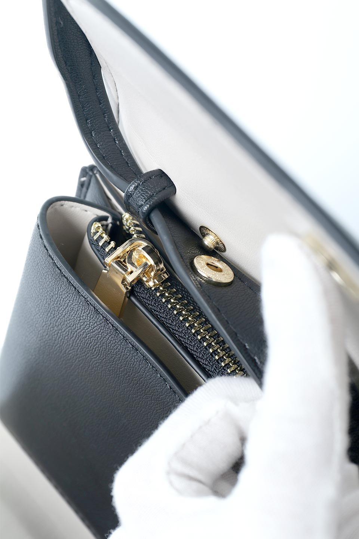 meliebiancoのCleo(Black)2Way・ミニショルダーバッグ/海外ファッション好きにオススメのインポートバッグとかばん、MelieBianco(メリービアンコ)のバッグやショルダーバッグ。スマホ+αでのお出かけにピッタリサイズのショルダーバッグ。キャッシュレスを使いこなす方には嬉しいミニサイズのバッグです。/main-10