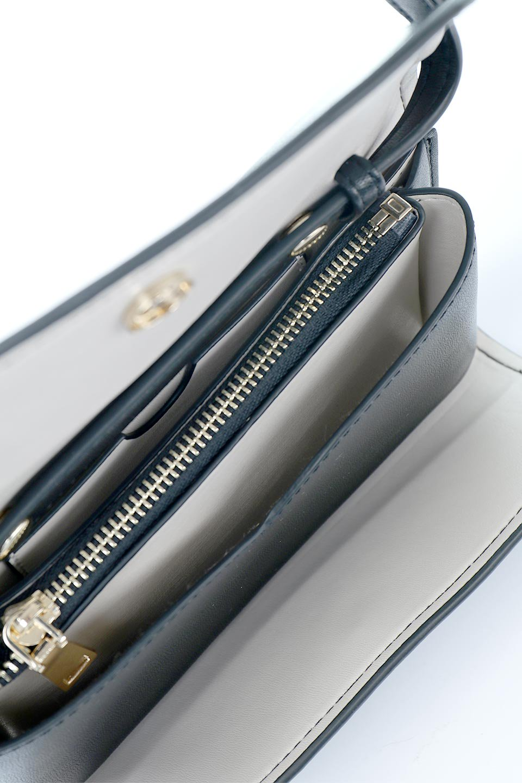 meliebiancoのCleo(Black)2Way・ミニショルダーバッグ/海外ファッション好きにオススメのインポートバッグとかばん、MelieBianco(メリービアンコ)のバッグやショルダーバッグ。スマホ+αでのお出かけにピッタリサイズのショルダーバッグ。キャッシュレスを使いこなす方には嬉しいミニサイズのバッグです。/main-14