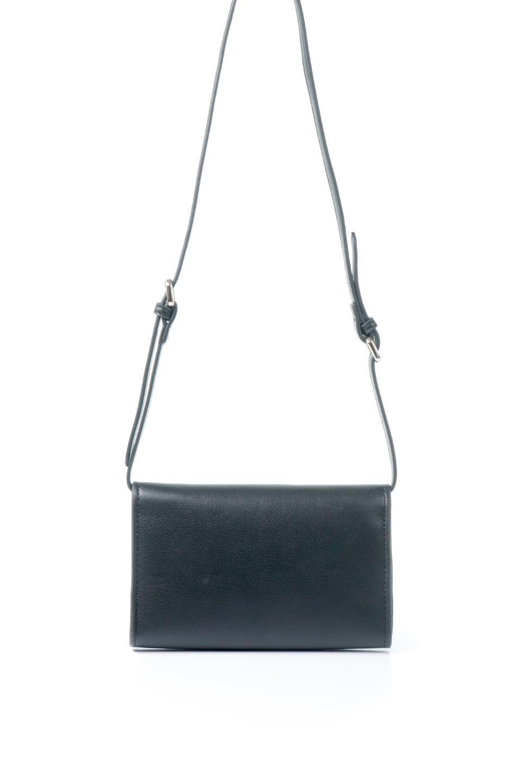 meliebiancoのCleo(Black)2Way・ミニショルダーバッグ/海外ファッション好きにオススメのインポートバッグとかばん、MelieBianco(メリービアンコ)のバッグやショルダーバッグ。スマホ+αでのお出かけにピッタリサイズのショルダーバッグ。キャッシュレスを使いこなす方には嬉しいミニサイズのバッグです。/main-4