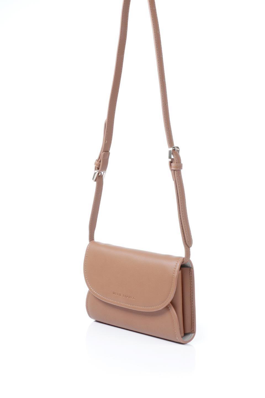 meliebiancoのCleo(Saddle)2Way・ミニショルダーバッグ/海外ファッション好きにオススメのインポートバッグとかばん、MelieBianco(メリービアンコ)のバッグやショルダーバッグ。スマホ+αでのお出かけにピッタリサイズのショルダーバッグ。キャッシュレスを使いこなす方には嬉しいミニサイズのバッグです。/main-1