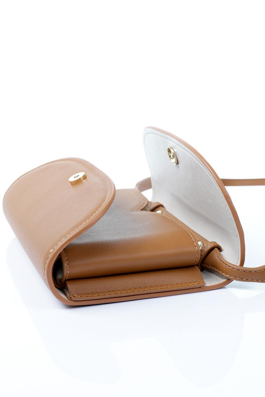 meliebiancoのCleo(Saddle)2Way・ミニショルダーバッグ/海外ファッション好きにオススメのインポートバッグとかばん、MelieBianco(メリービアンコ)のバッグやショルダーバッグ。スマホ+αでのお出かけにピッタリサイズのショルダーバッグ。キャッシュレスを使いこなす方には嬉しいミニサイズのバッグです。/main-14