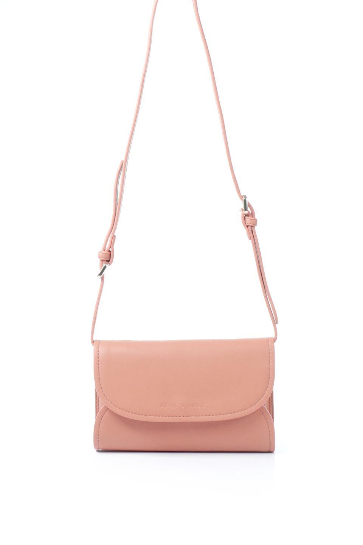 meliebiancoのCleo(Peach)2Way・ミニショルダーバッグ/海外ファッション好きにオススメのインポートバッグとかばん、MelieBianco(メリービアンコ)のバッグやショルダーバッグ。スマホ+αでのお出かけにピッタリサイズのショルダーバッグ。キャッシュレスを使いこなす方には嬉しいミニサイズのバッグです。