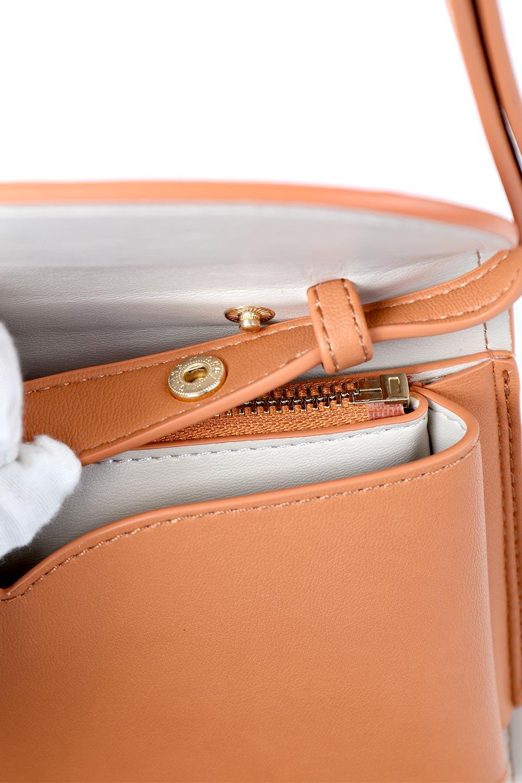 meliebiancoのCleo(Peach)2Way・ミニショルダーバッグ/海外ファッション好きにオススメのインポートバッグとかばん、MelieBianco(メリービアンコ)のバッグやショルダーバッグ。スマホ+αでのお出かけにピッタリサイズのショルダーバッグ。キャッシュレスを使いこなす方には嬉しいミニサイズのバッグです。/main-12