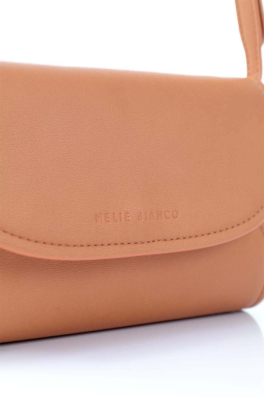 meliebiancoのCleo(Peach)2Way・ミニショルダーバッグ/海外ファッション好きにオススメのインポートバッグとかばん、MelieBianco(メリービアンコ)のバッグやショルダーバッグ。スマホ+αでのお出かけにピッタリサイズのショルダーバッグ。キャッシュレスを使いこなす方には嬉しいミニサイズのバッグです。/main-6