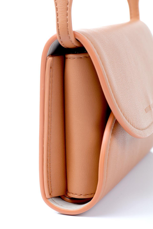 meliebiancoのCleo(Peach)2Way・ミニショルダーバッグ/海外ファッション好きにオススメのインポートバッグとかばん、MelieBianco(メリービアンコ)のバッグやショルダーバッグ。スマホ+αでのお出かけにピッタリサイズのショルダーバッグ。キャッシュレスを使いこなす方には嬉しいミニサイズのバッグです。/main-7