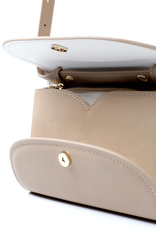 meliebiancoのCleo(Nude)2Way・ミニショルダーバッグ/海外ファッション好きにオススメのインポートバッグとかばん、MelieBianco(メリービアンコ)のバッグやショルダーバッグ。スマホ+αでのお出かけにピッタリサイズのショルダーバッグ。キャッシュレスを使いこなす方には嬉しいミニサイズのバッグです。/main-10