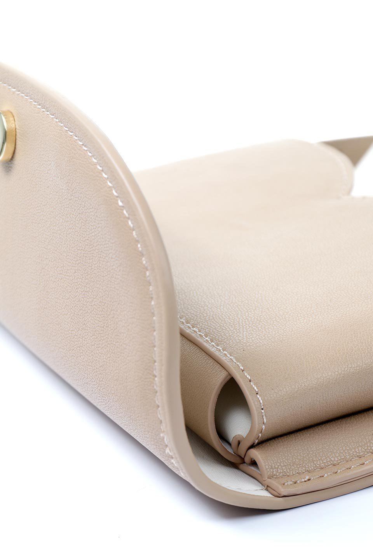 meliebiancoのCleo(Nude)2Way・ミニショルダーバッグ/海外ファッション好きにオススメのインポートバッグとかばん、MelieBianco(メリービアンコ)のバッグやショルダーバッグ。スマホ+αでのお出かけにピッタリサイズのショルダーバッグ。キャッシュレスを使いこなす方には嬉しいミニサイズのバッグです。/main-12