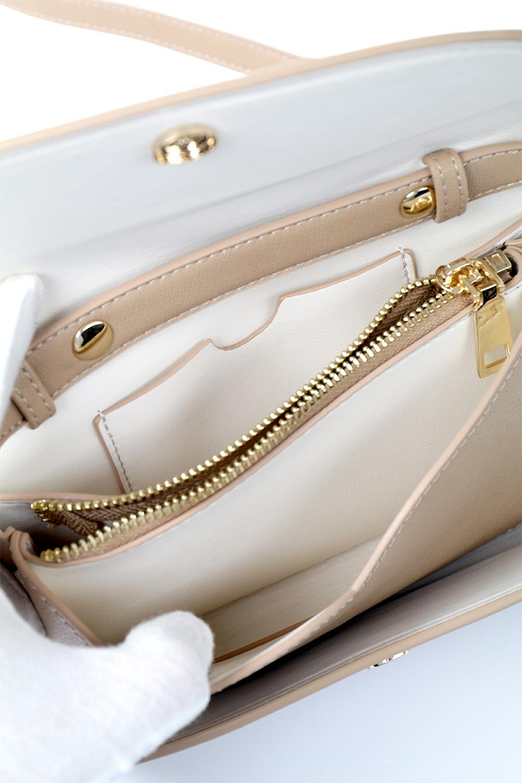 meliebiancoのCleo(Nude)2Way・ミニショルダーバッグ/海外ファッション好きにオススメのインポートバッグとかばん、MelieBianco(メリービアンコ)のバッグやショルダーバッグ。スマホ+αでのお出かけにピッタリサイズのショルダーバッグ。キャッシュレスを使いこなす方には嬉しいミニサイズのバッグです。/main-15