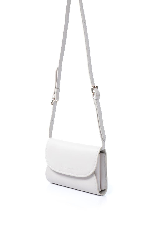 meliebiancoのCleo(Bone)2Way・ミニショルダーバッグ/海外ファッション好きにオススメのインポートバッグとかばん、MelieBianco(メリービアンコ)のバッグやショルダーバッグ。スマホ+αでのお出かけにピッタリサイズのショルダーバッグ。キャッシュレスを使いこなす方には嬉しいミニサイズのバッグです。/main-1