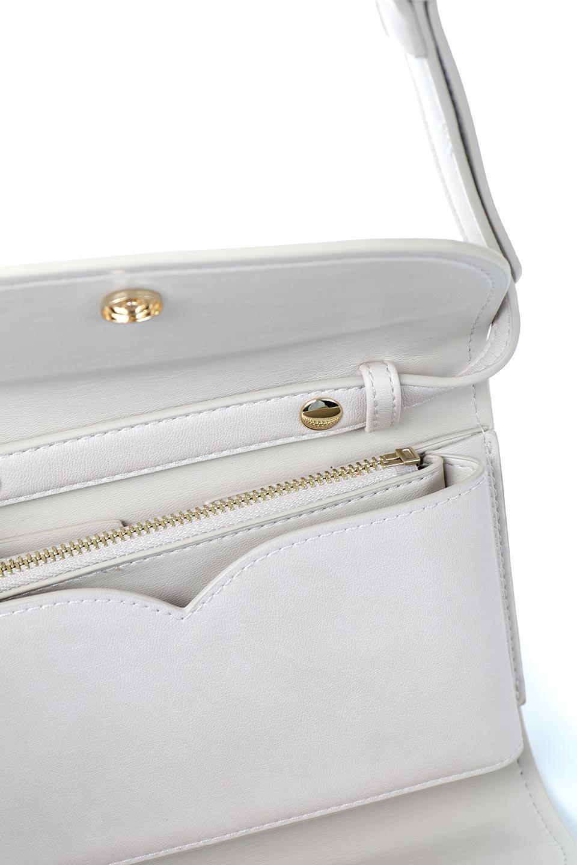 meliebiancoのCleo(Bone)2Way・ミニショルダーバッグ/海外ファッション好きにオススメのインポートバッグとかばん、MelieBianco(メリービアンコ)のバッグやショルダーバッグ。スマホ+αでのお出かけにピッタリサイズのショルダーバッグ。キャッシュレスを使いこなす方には嬉しいミニサイズのバッグです。/main-10
