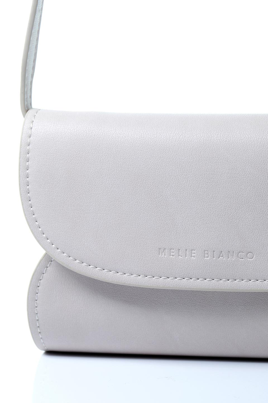 meliebiancoのCleo(Bone)2Way・ミニショルダーバッグ/海外ファッション好きにオススメのインポートバッグとかばん、MelieBianco(メリービアンコ)のバッグやショルダーバッグ。スマホ+αでのお出かけにピッタリサイズのショルダーバッグ。キャッシュレスを使いこなす方には嬉しいミニサイズのバッグです。/main-8