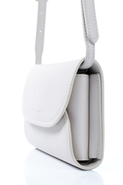 meliebiancoのCleo(Bone)2Way・ミニショルダーバッグ/海外ファッション好きにオススメのインポートバッグとかばん、MelieBianco(メリービアンコ)のバッグやショルダーバッグ。スマホ+αでのお出かけにピッタリサイズのショルダーバッグ。キャッシュレスを使いこなす方には嬉しいミニサイズのバッグです。/main-9