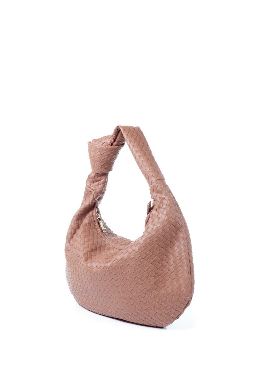 meliebiancoのBrigitte(Saddle)ウーヴンホーボーバッグ/海外ファッション好きにオススメのインポートバッグとかばん、MelieBianco(メリービアンコ)のバッグやショルダーバッグ。バターのようになめらかな手触りのビーガンレザーを使用した編み込みのホーボーバッグ。ソフトなマテリアルなので肩に掛けたときの「しっくり感」は最高です。/main-1