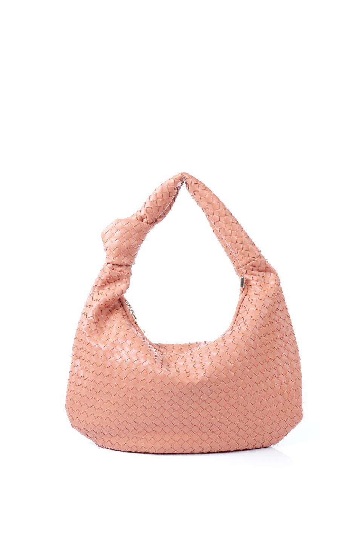 meliebiancoのBrigitte(Peach)ウーヴンホーボーバッグ/海外ファッション好きにオススメのインポートバッグとかばん、MelieBianco(メリービアンコ)のバッグやショルダーバッグ。バターのようになめらかな手触りのビーガンレザーを使用した編み込みのホーボーバッグ。ソフトなマテリアルなので肩に掛けたときの「しっくり感」は最高です。