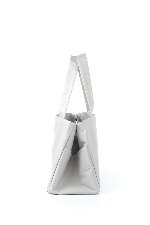FoldingShoppingCoolerBasket(Greige)保冷保温・折りたたみレジカゴエコバッグ(グレージュ)大人カジュアルに最適な海外ファッションのothers(その他インポートアイテム)のバッグやその他。レジカゴにジャストフィットの折りたたみエコバッグ。保温、保冷効果を高めるアルミ加工で、両サイドのポケットは保冷剤を入れて更に保冷効果を高めることができます。/main-2