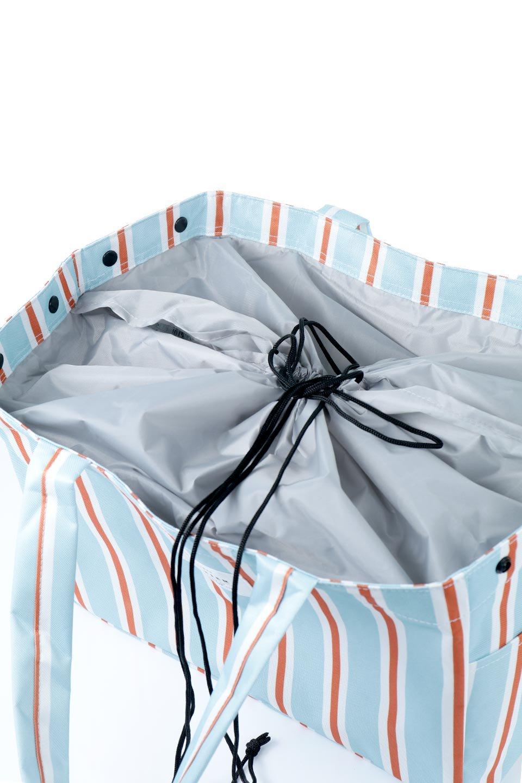 FoldingShoppingCoolerBasket(StripeIceBlue)保冷保温・折りたたみレジカゴエコバッグ(ストライプ・アイスブルー)大人カジュアルに最適な海外ファッションのothers(その他インポートアイテム)のバッグやその他。レジカゴにジャストフィットの折りたたみエコバッグ。保温、保冷効果を高めるアルミ加工で、両サイドのポケットは保冷剤を入れて更に保冷効果を高めることができます。/main-11