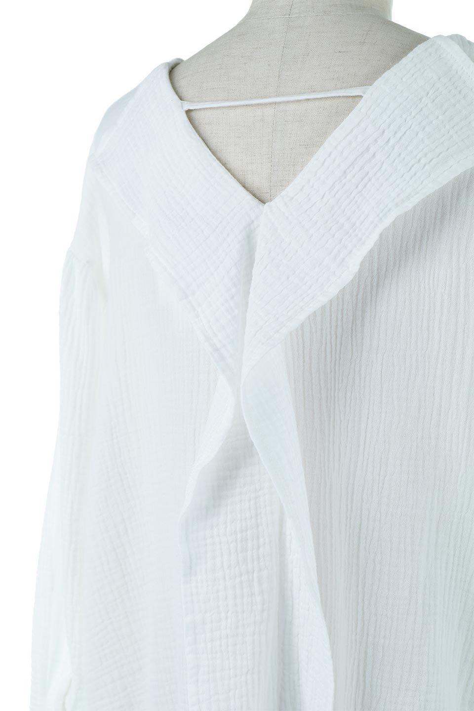 FrilledBackDoubleGauzeBlouseバックフリル・ダブルガーゼブラウス大人カジュアルに最適な海外ファッションのothers(その他インポートアイテム)のトップスやシャツ・ブラウス。フェミニンに決まるバックフリルがポイントのブラウス。綿100%のダブルガーゼの素材を使用してるのでとても柔らかく着心地も◎。/main-12