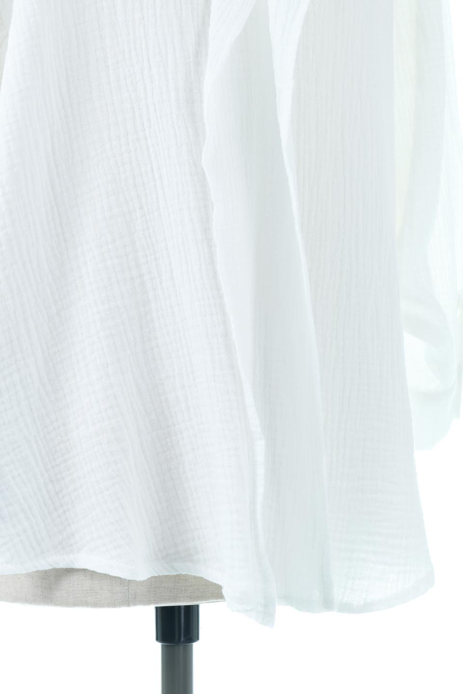 FrilledBackDoubleGauzeBlouseバックフリル・ダブルガーゼブラウス大人カジュアルに最適な海外ファッションのothers(その他インポートアイテム)のトップスやシャツ・ブラウス。フェミニンに決まるバックフリルがポイントのブラウス。綿100%のダブルガーゼの素材を使用してるのでとても柔らかく着心地も◎。/main-17