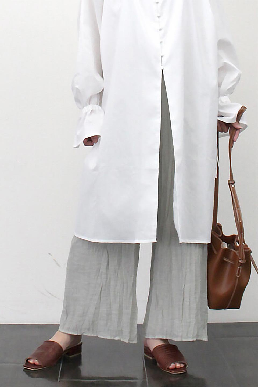 WrinklePoplinWideLegPantsワッシャーポプリン・シワ加工パンツ大人カジュアルに最適な海外ファッションのothers(その他インポートアイテム)のボトムやパンツ。ランダムなシワ加工が涼しげな印象のワイドパンツ。薄手の生地で春夏にピッタリのアイテム。/main-23