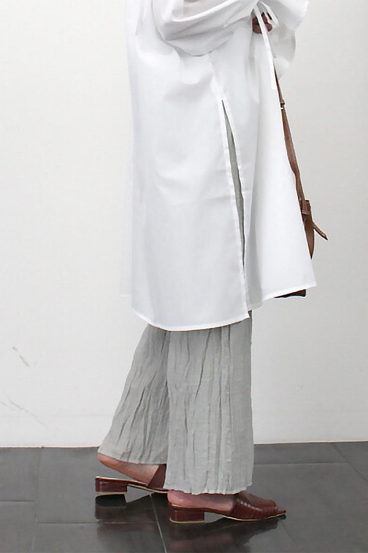 WrinklePoplinWideLegPantsワッシャーポプリン・シワ加工パンツ大人カジュアルに最適な海外ファッションのothers(その他インポートアイテム)のボトムやパンツ。ランダムなシワ加工が涼しげな印象のワイドパンツ。薄手の生地で春夏にピッタリのアイテム。/main-24