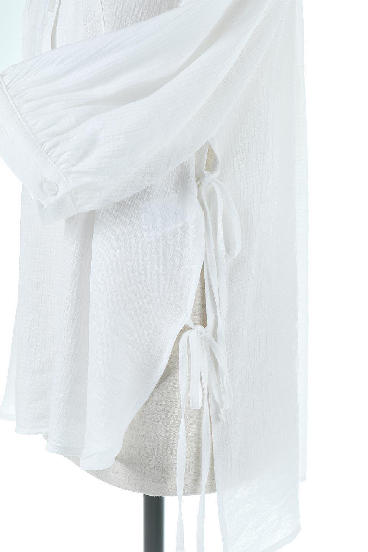 SideTiedBosomBlouseブザムデザイン・サイドリボンブラウス大人カジュアルに最適な海外ファッションのothers(その他インポートアイテム)のトップスやシャツ・ブラウス。サラテロ素材で肌触り抜群のブザムデザインのブラウス。サイドに大胆に入ったスリットには2か所のリボンで可愛さアップ。/main-15