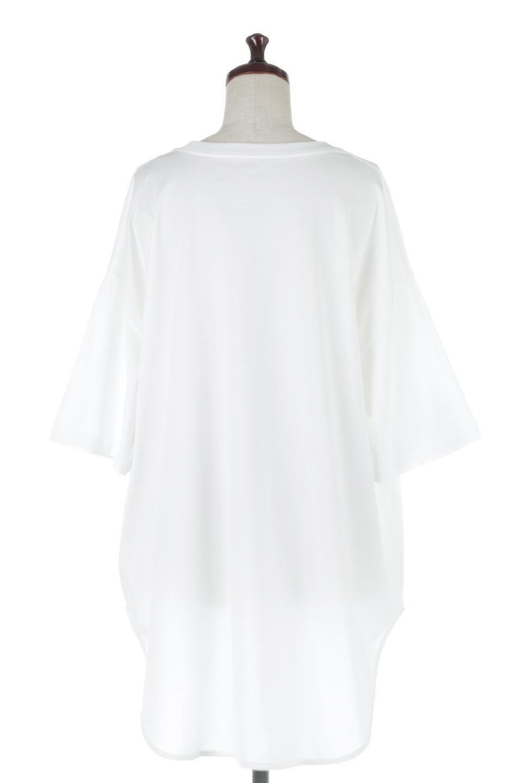 RoundHemBigSilhouetteTeeビッグシルエット・ラウンドTシャツ大人カジュアルに最適な海外ファッションのothers(その他インポートアイテム)のトップスやカットソー。ボディラインと裾に丸みを持たせたデザインのロングTシャツ。ドロップショルダーでルーズでリラックス感あふれるシルエットを作ります。/main-9